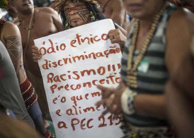 Ato Indigena contra PEC215 • 17/03/2015 • Brasília (DF)
